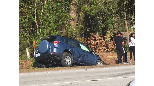 High school student charged after wreck in Pitt County