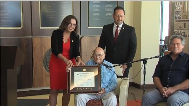 105-year-old graduate finally gets his college diploma